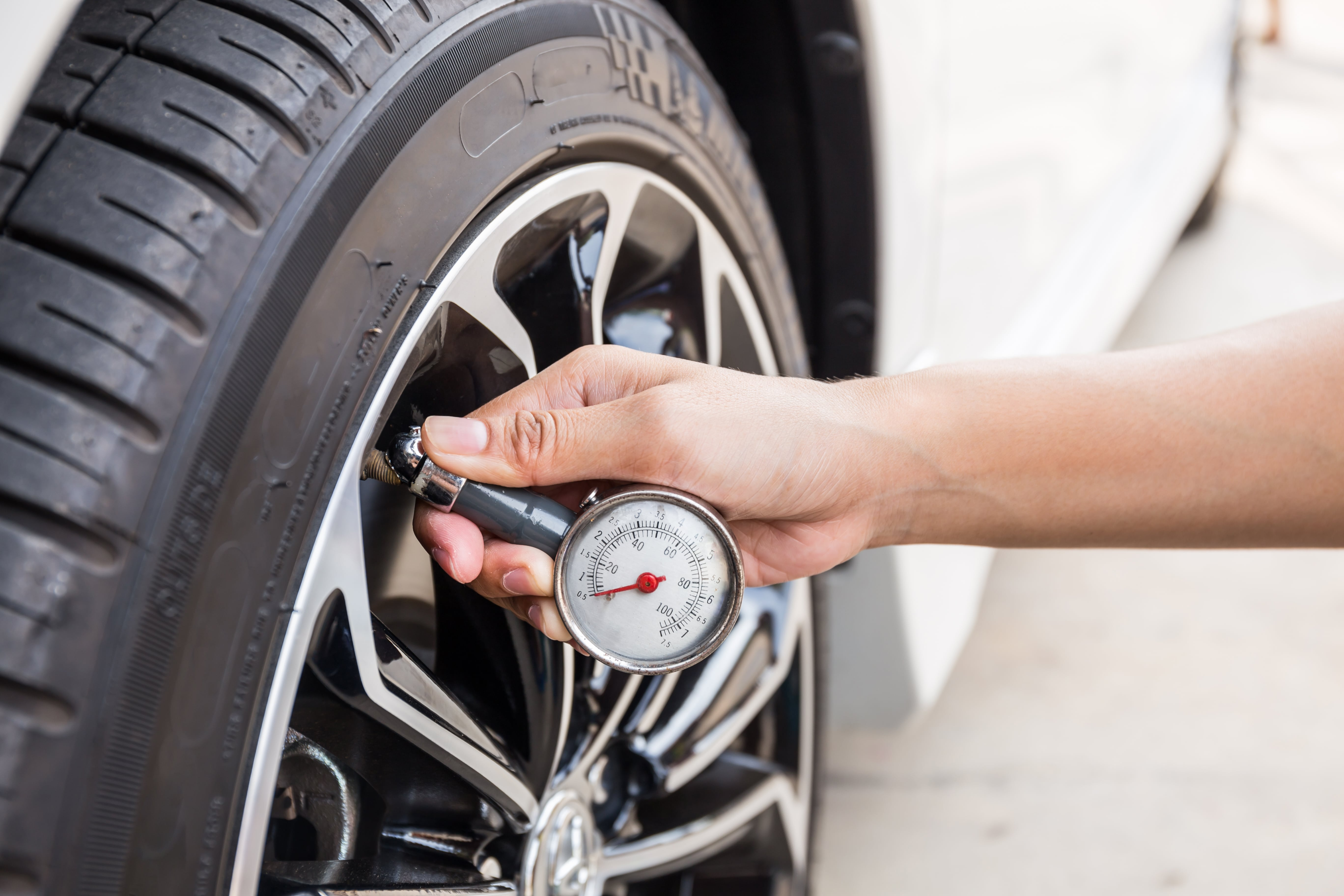 checking  maintaining  tires tracerproductscom